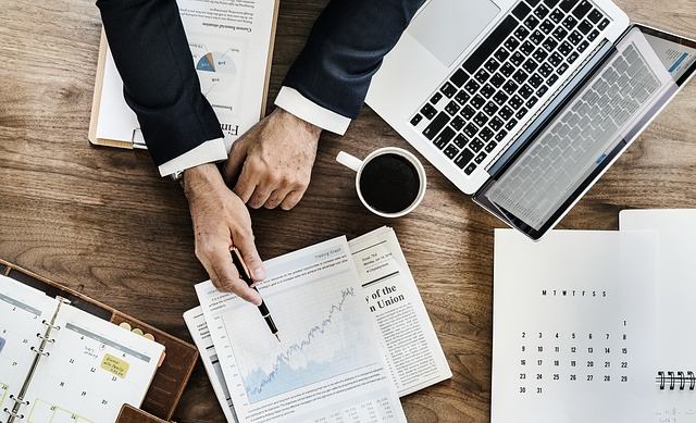 analisi del budget costi e crescita